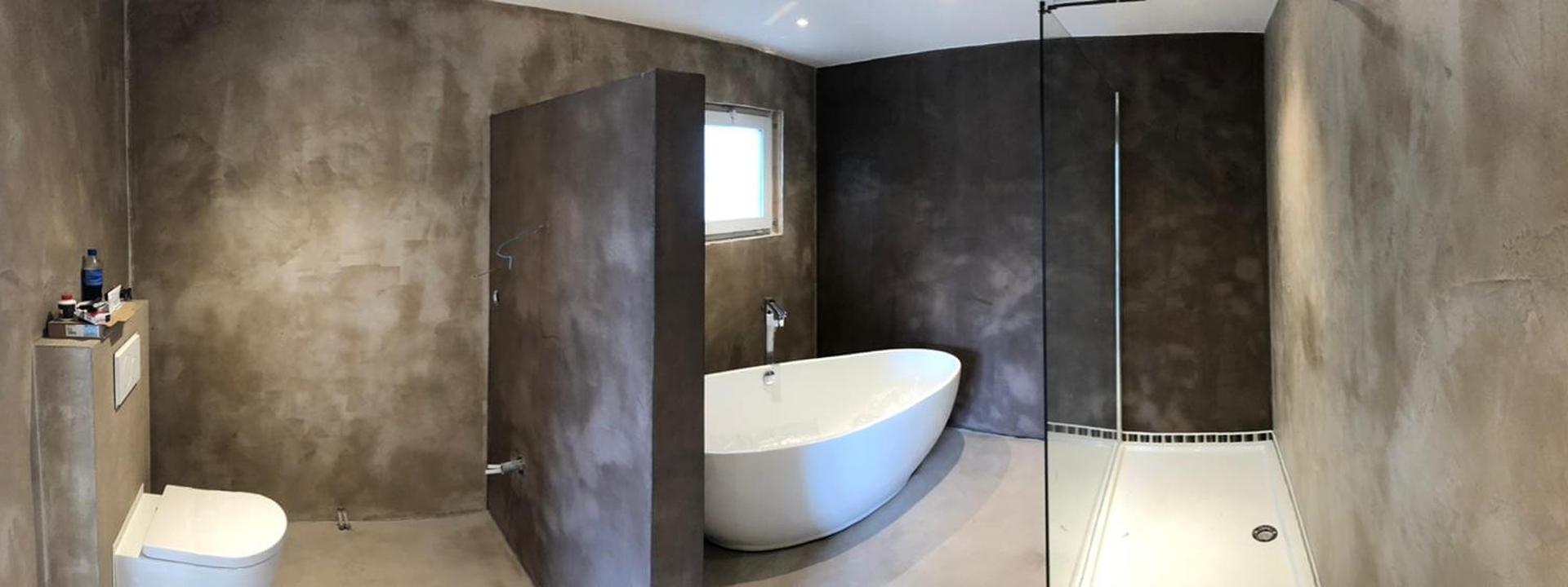Beton Ciré in badkamer van woonwagen